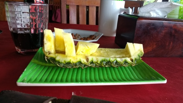 Pineapple boat